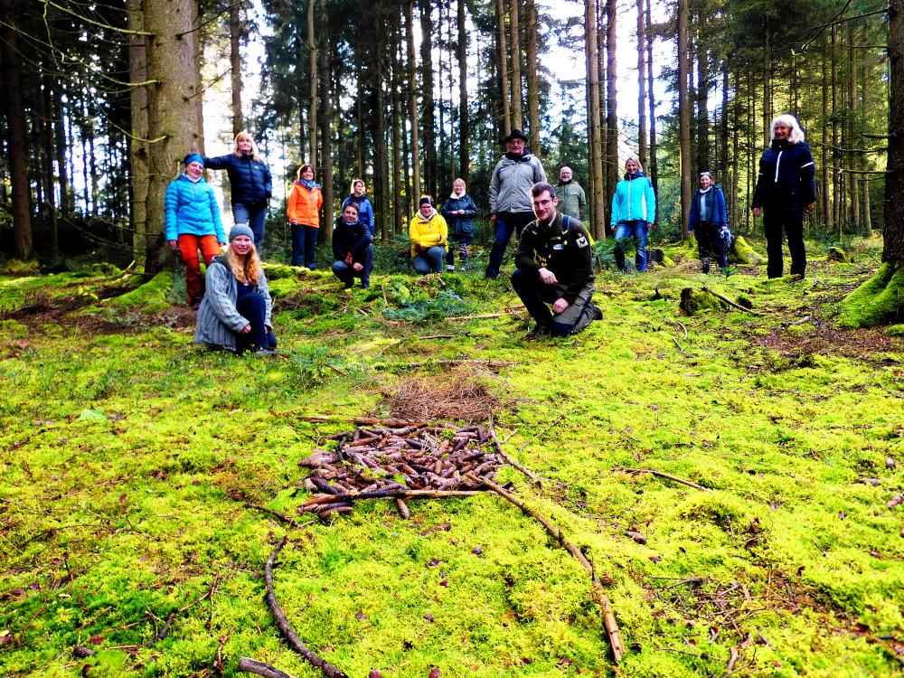 Gruppenbild im Wald